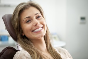 Wondering what you should look for to find a qualified dentist in Sugarland? Use these strategies from Texas Got Smile.